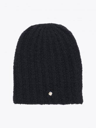 Lali Piumosa Beanie Ribbed Cashmere Black with Quatrefoil Silver 1