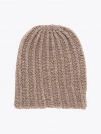 Lali Piumosa Beanie Ribbed Cashmere Light Brown with Quatrefoil Silver 1