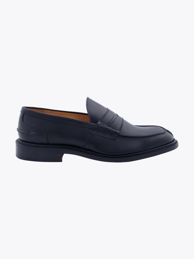Tricker's James Penny Loafer Calf Black Profile
